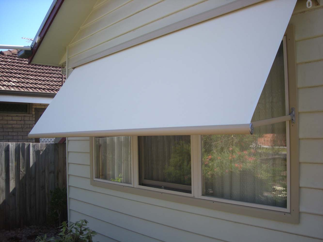 CANVAS AWNING 11