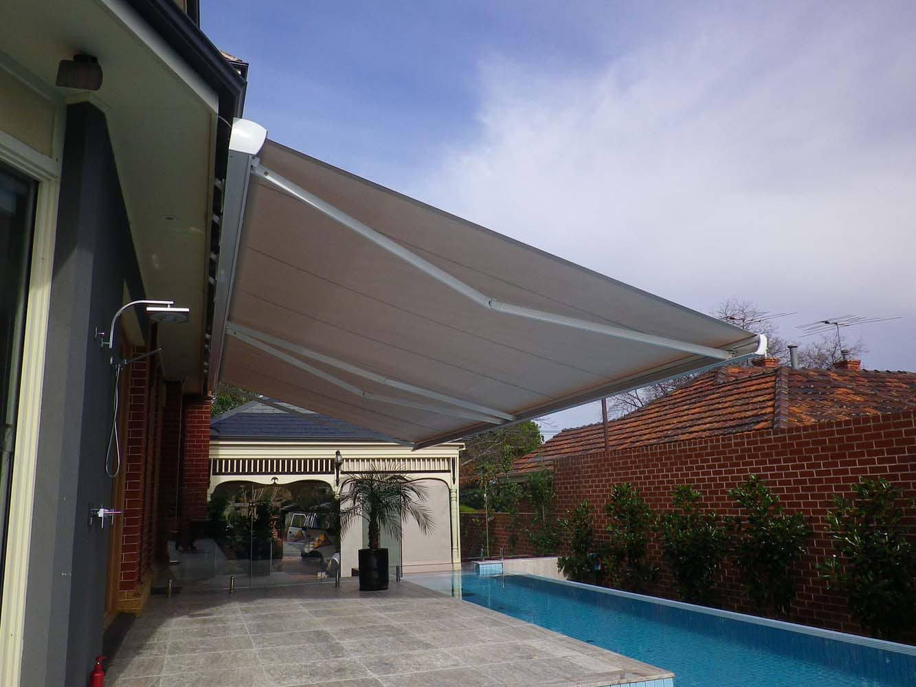 OUTDOOR AWNING 10