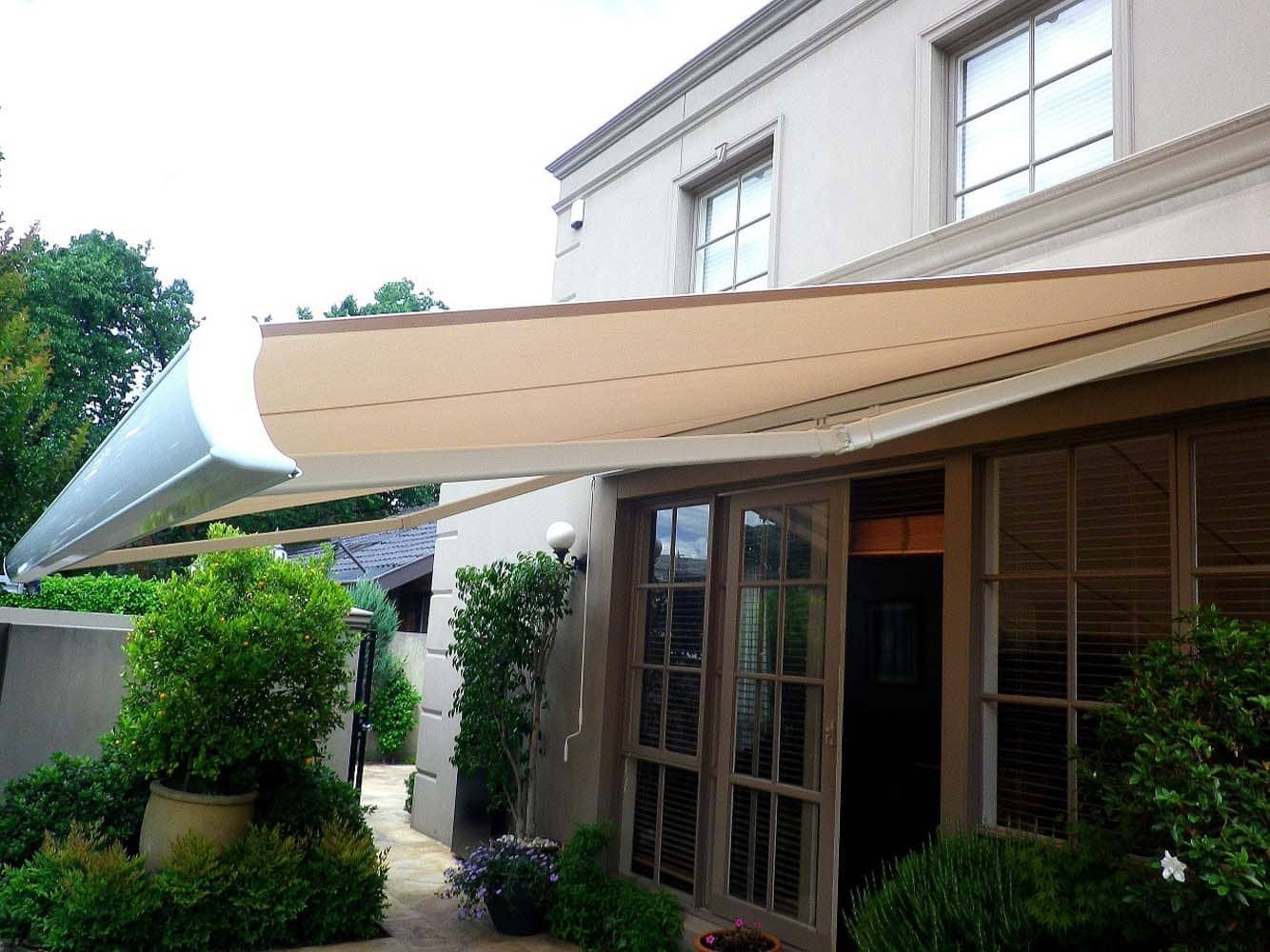 OUTDOOR AWNING 12
