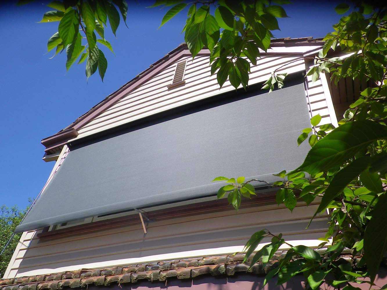 OUTDOOR AWNING 13